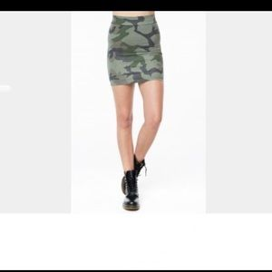 Brandy Melville Camo Skirt